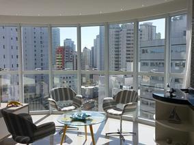 Elegante apartamento com 03 su�tes! - Pronto para morar - Centro - Balne�rio Cambori�